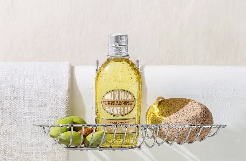 Sabun Mandi Untuk Menghidrasi Kulit